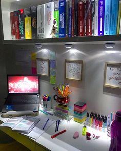 Study Table Designs, Study Room Design, Study Room Decor, Bedroom Decor For Couples, Room Ideas Bedroom, Diy Bedroom Decor, Study Desk Organization, Craft Shed, Dorm Room Storage