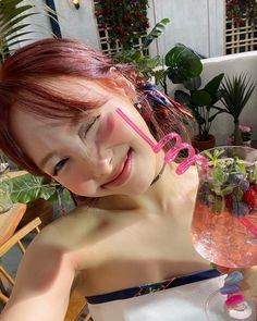 Tweets con contenido multimedia de misa •ᴗ• (@misayeon) / Twitter South Korean Girls, Korean Girl Groups, Nayeon Twice, Im Nayeon, Perfect World, Twitter, Pretty Woman, Kpop Girls, Dreadlocks