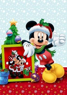 Mickey with his holiday frame of him and Minnie under the mistletoe. Disney Merry Christmas, Disney Christmas Decorations, Mickey Mouse Christmas, Mickey Mouse And Friends, Mickey Minnie Mouse, Christmas Art, Disney Fun, Disney Magic, Walt Disney