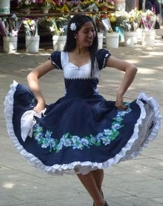 dancers in chile Dance Outfits, Dance Dresses, Vintage Dresses, Vintage Outfits, Clogs Outfit, Lolita Fashion, Traditional Dresses, Dress Making, Beautiful Dresses