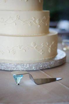 Cinderella cake cutter