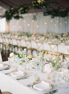 La Tavola Fine Linen Rental: Ritz Snow with Hemstitch White Napkins | Photography: Eric Kelley, Event Planning & Design: Easton Events