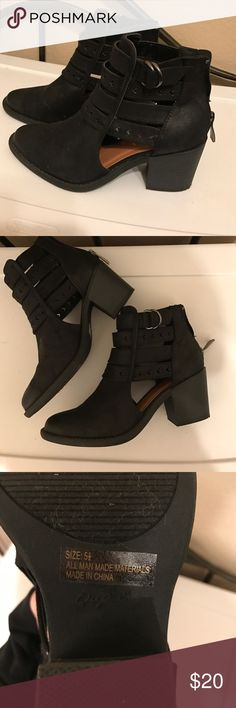 Black boots Black boots from lolashoetique size 5.5 women's. only worn once! Shoes Ankle Boots & Booties
