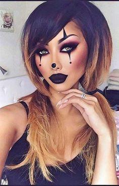 23 hübsche Halloween Make-up Ideen Makeup Ideas makeup ideas black dress Halloween Makeup Clown, Halloween Eyes, Halloween Makeup Looks, Women Halloween, Halloween Diy, Halloween Nails, Evil Clown Makeup, Halloween Recipe, Cute Clown Makeup