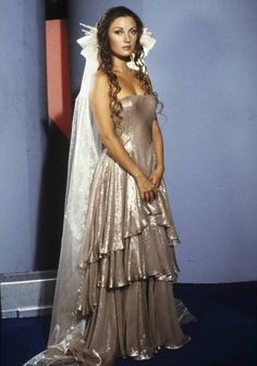 Serina (Jane Seymour) - Battlestar Galactica S01E05 (Episode 3): Lost Planet of the Gods, Part 2 (First Aired October 1, 1978)