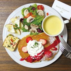 Instagram media keiyamazaki - 産休前から計画していた、ららぽーと豊洲にあるカフェButter Premiumさんとコラボレーション。いよいよ明日1月29日11:00 GRAND OPENです! 前菜、総菜、サラダと一緒にミニパンケーキ、フレンチトースト、エッグベネディクトなどをメインにした「ワンプレート」メニュー の他、3種のスイーツ(パンケーキ×フレンチトースト×パイ)を掛け合わせた「ウルトラハイブリッドスイーツ」や、ポップオーバーパンケーキなどもお楽しみいただけます。 さらに併設したファクトリーで作られるButter POPCORNは、油を使わずに空気だけでエアポップする、高級発酵バターを使用した本格グルメポップコーン。今回東京初上陸だそう! 子育て中の私はまだもうしばらく行けなそうですが、ぜひどうぞ!詳しくはこちらhttp://www.butterpremium.com