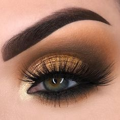 100 Drop-dead gorgeous eye makeup idea - Super Smokey with over the top lashes