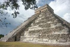 Explore the Mayan ruins at Chichen Itza. Books and Travel information..