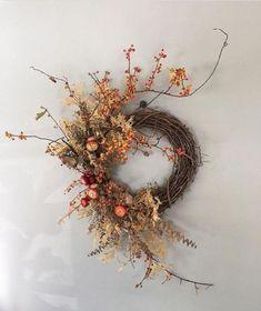 Diy Fall Wreath, Xmas Wreaths, Autumn Wreaths, Halloween Wreaths, Dried Flower Wreaths, Dried Flowers, Deco Nature, Dried Flower Arrangements, Deco Floral