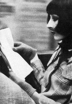 Anjelica Huston. Photo: Bob Richardson, 1970s.