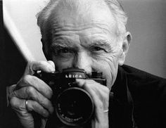 Robert Doisneau (Gentilly, 14 April 1912 - Montrouge, 1 April 1994) célèbre photographe Français d'Après-Guerre
