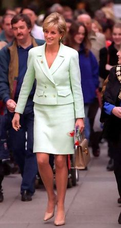 14 Feb 1997 Diana visits Great Ormond street hospital for sick children, the visit had become a bit of valentines tradition for her.