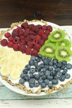 Pizza zum Frühstück? Unbedingt, wenn die Kombi aus Haferflocken, Joghurt und frischen Früchten so gesund und lecker daher kommt.