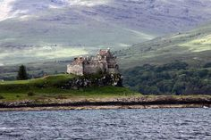 valscrapbook:    2012-06-02 044 V1 Waverley Trip - Isle of Mull Duart Castle by Martin-James on Flickr.