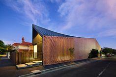 Le cabinet d'architecture Jackson Clements Burrows ont conçu cette résidence familiale de plain-pieds…