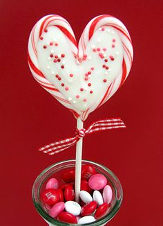 Sprinkle Some Sunshine!: sweet heart valentine pops party!