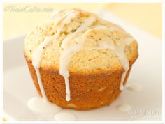 lemon poppyseed muffins with lemon curd filling- made these and they turned out AMAZING!! so delicious!
