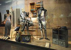 Springfield window displays Summer 2012, Budapest visual merchandising