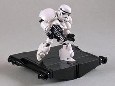 Blaster from BrickArms. Lego Stormtrooper, Lego Robot, Lego War, Stormtrooper Blaster, Lego Star Wars Mini, Lego Custom Minifigures, Lego Knights, Lego Club, Amazing Lego Creations