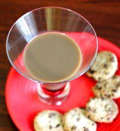 Christmas Cookie Drink: Peppermint Schnapps, Kahlua, Bailey's