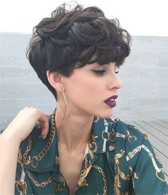 21 snazzy short layered haircuts for women short hair 2019 17 21 snazzy short layered haircuts for women short hair 2019 17 VexaLee Home DecorFashionDIY 038 Craft Ideas vexalee Female Hairstyles nbsp hellip hair women Layered Haircuts For Women, Short Hair Cuts For Women, Short Textured Haircuts, Layered Curly Hair, Short Curly Hair, Long Hair, Wavy Pixie Cut, Short Hair Model, Wavy Hair