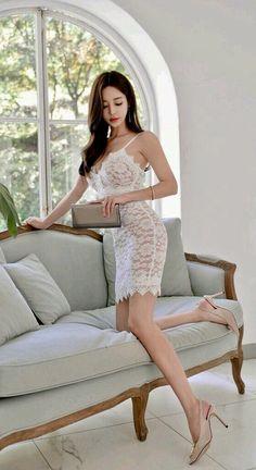 愼 ☼ ριητεrεsτ policies respected.( *`ω´) If you don't like what you see❤, please be kind and just move along. Beautiful Asian Women, Beautiful Legs, Asian Beauty, Korean Beauty, Girl Korea, Asian Hotties, Korean Model, Madame, Sensual