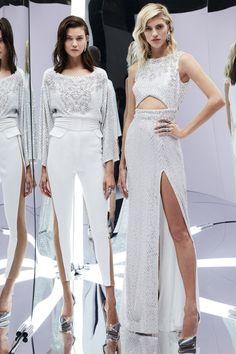 Zuhair Murad - Spring 2017 Ready-to-Wear Fashion Show Paris Fashion Week PFW Fashion 2017, Runway Fashion, Fashion Show, Fashion Dresses, Fashion Design, Paris Fashion, Zuhair Murad, Couture Mode, Couture Fashion