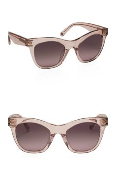 Sleek and sexy, the Charlotte Square sunglasses are a never-miss accessory: you will love the gradient lenses and subtle curvature of these luxury sunglasses for seasons to come.