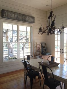 Joanna gaines kitchen table old sign in farmhouse kitchen joanna gaines k. Farmhouse Chic, Farmhouse Table, French Farmhouse, Farmhouse Ideas, Joanna Gaines Kitchen, Magnolia Homes, Magnolia Farms, Magnolia Market, Cottage