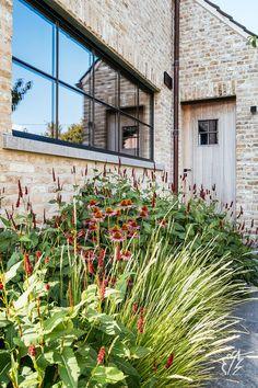 Plant Design, Garden Design, Outdoor Pool, Outdoor Gardens, Carport Designs, Front Gardens, Planting Plan, Exterior Front Doors, Garden Architecture