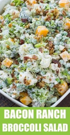 The BEST broccoli salad for lunch - super easy to make and even more delicious to eat. This easy bacon ranch broccoli salad is a MUST! Brocolli Salad, Easy Broccoli Salad, Broccoli Cauliflower Salad, Cauliflower Recipes, Spinach Salad, Steamed Broccoli Recipes, Best Broccoli Salad Recipe, Ham Salad, Salad Bar