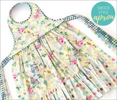 Smock Style Reversible Apron in Meow or Never by Moda | Sew4Home