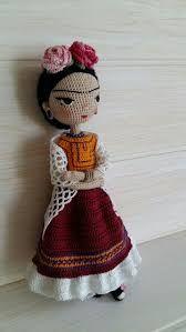 Resultado de imagen para muñeca frida tejida a crochet