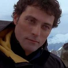 Rufus Sewell | Exreme Ops
