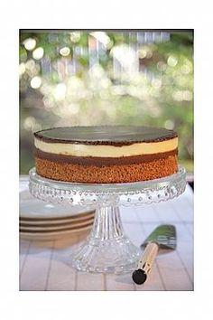 עוגת קוקוס חגיגית (הגדל) Flourless Desserts, Fancy Cakes, Recipes, Food, Essen, Meals, Ripped Recipes, Yemek, Eten