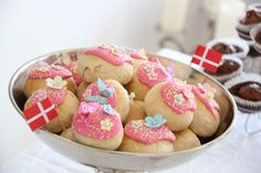 Beautiful b-day - Birthday cake by blogliebling.dk