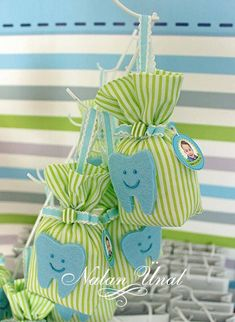 Pandahall provides craft ideas for making handmade jewelries. You can get the amazing craft idea when you buy the materials Crafts For Boys, Fun Crafts, Diy And Crafts, Baby Boy Birthday Decoration, Homemade Party Favors, Pink And Gold Birthday Party, Dental, Alice, First Tooth