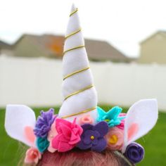 How to put together an easy and cute Unicorn costume that will for sure be a kid pleaser!