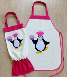 Pastacı Penguen, Önlük ve Poşetlik Cute Crafts, Diy Crafts, Crafts For Kids, Projects To Try, Sewing Projects, Kids Apron, Biscuit, Bibs, Patchwork
