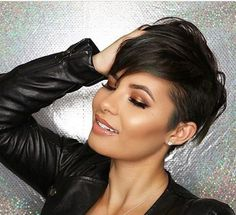 Hair Beauty - ideas,pixie-Trend short hairstyles for and best pixie hairstyles Trend Short haircuts are more popular than ever. Pelo Guay, Medium Hair Styles, Short Hair Styles, Black Haircut Styles, Short Thin Hair, Short Cuts, Short Hair Cuts For Women Edgy, Short Blonde, Thick Hair
