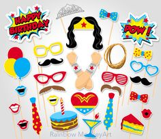 Super héros anniversaire Photo Booth Props - super héros Wonder femme Photo Booth Prop - anniversaire Photo Booth Props - super héros parties idées par RainbowMonkeyArt sur Etsy https://www.etsy.com/ca-fr/listing/271496618/super-heros-anniversaire-photo-booth