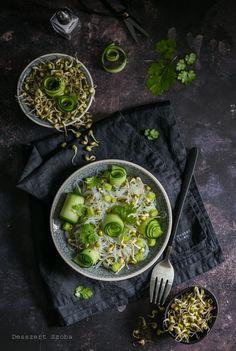 Mungóbabcsírás üvegtészta-saláta - DESSZERT SZOBA Palak Paneer, Lime, Ethnic Recipes, Food, Cilantro, Eten, Limes, Meals, Key Lime