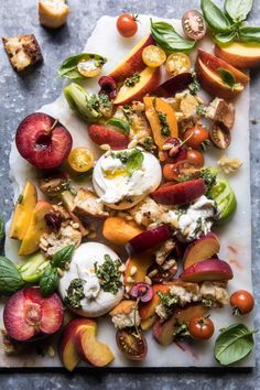 This tuscan summer stone fruit, tomato, and burrata panzanella salad has my name written all over it. The post Tuscan Summer Stone Fruit, Tomato, and Burrata Panzanella Salad. appeared first on Half Baked Harvest. Easy Salad Recipes, Easy Salads, Appetizer Recipes, Healthy Recipes, Appetizers, Cheap Recipes, Summer Salads, Dinner Recipes, Clean Eating