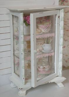 mini patisserie - so cute: Cynthia from Cynthia's Cottage Design