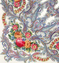 Pavlovo Posad pure wool shawl scarf etno folk by CrazywoolByElena
