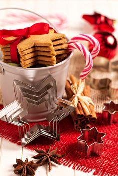 I love the IN progress baking look-adorable DIY Christmas Cookie Exchange Centerpiece