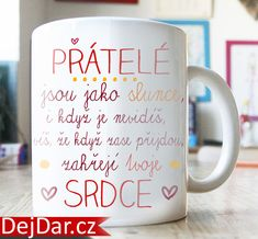 dárek pro kamarádku, hrnek s nápisem World Thinking Day, Gift Wraping, Diy Presents, Bff, Diy And Crafts, Birthday Gifts, Scrapbook, Mugs, Tableware
