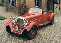 Old Cars - 1939 Aston Martin Lagonda Rapide Aston Martin Lagonda, Carros Aston Martin, Aston Martin Cars, Vintage Sports Cars, Retro Cars, Vintage Cars, Antique Cars, Automobile, Old Classic Cars