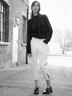Alessandra Ambrosio becomes a moviestar #alessandraambrosio   #davegreen   #ninjaturtles2   http://www.bliqx.net/alessandra-ambrosio-becomes-moviestar/