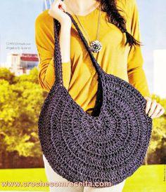 http://www.crochecomreceita.com/2013/09/bolsa-em-croche-circular-com-tiras-de.html?spref=tw